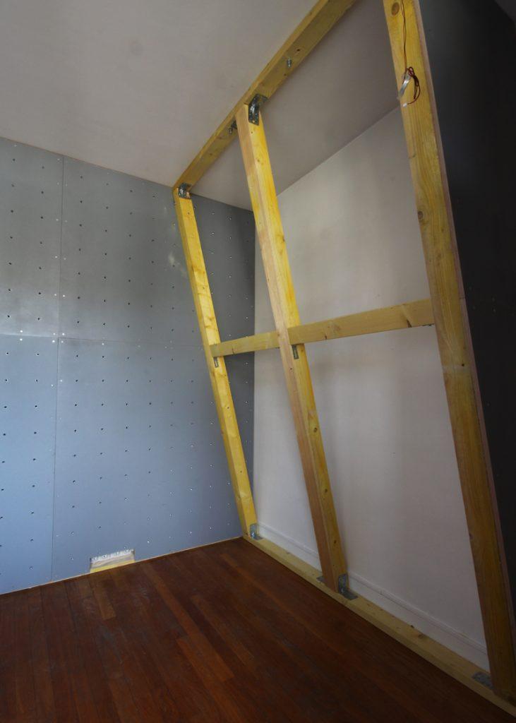 Mur-d-escalade-interieur-CLIMB-IT-construction-en-cours pan-vertical-projet-Rueil-Malmaison