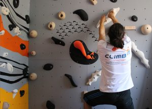 Murs d'escalade et SAE pour les entreprises conception et intallation CLIMB IT Escalade factory